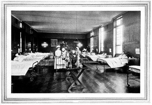 Front surgical ward, New Hospital for Women, London. Image courtesy of Wellcome Images.