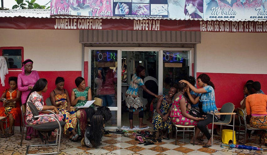 Women In Guinea Are Being Educated About Family Planning While Getting Their Hair Done