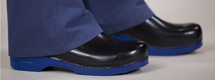 The Best Work Shoes For Doctors And Nurses
