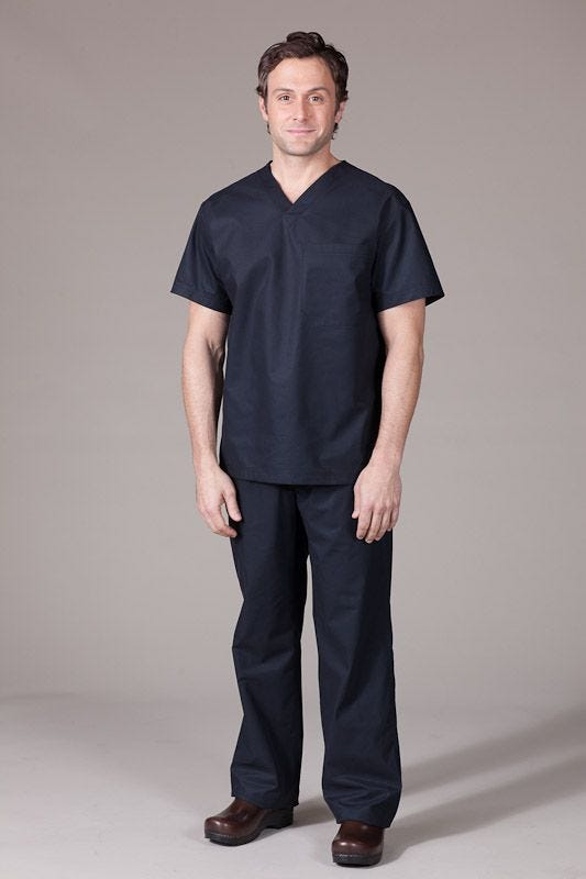 The Top 5 Reasons Black Scrubs Are Increasing In Popularity