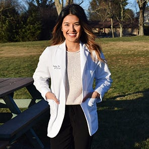 Dorothy Feliciano, Medical Student