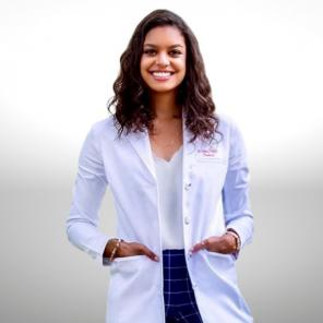 Chloe Givens, PharmD