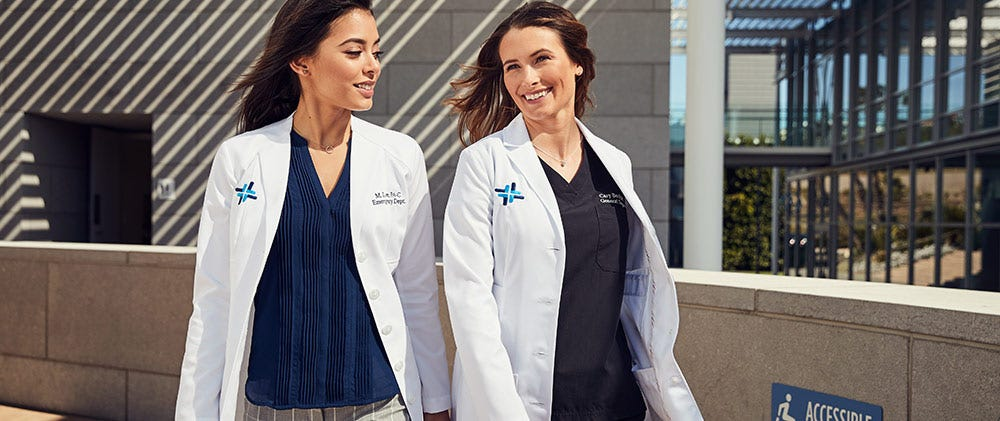 Gifts for nurses: Nursing lab coat