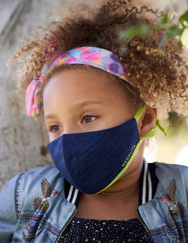 Kids face mask in blue